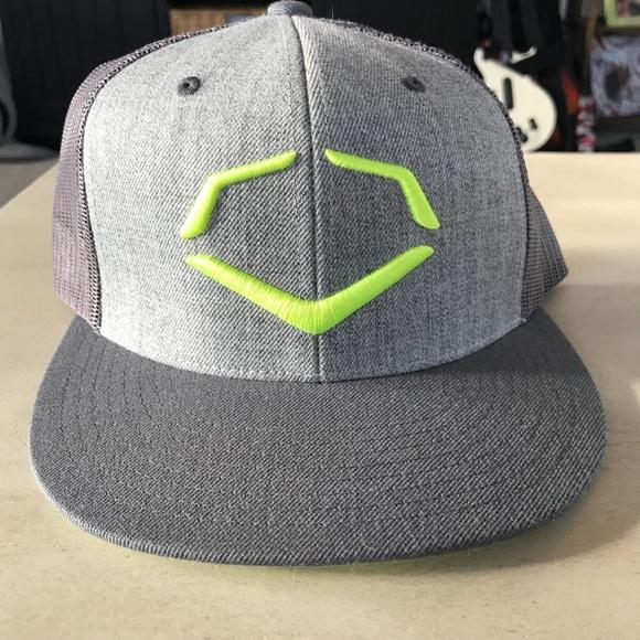 the latest a6ed8 577a4 ... where can i buy euc evoshield snapback hat 1c71c b6af9